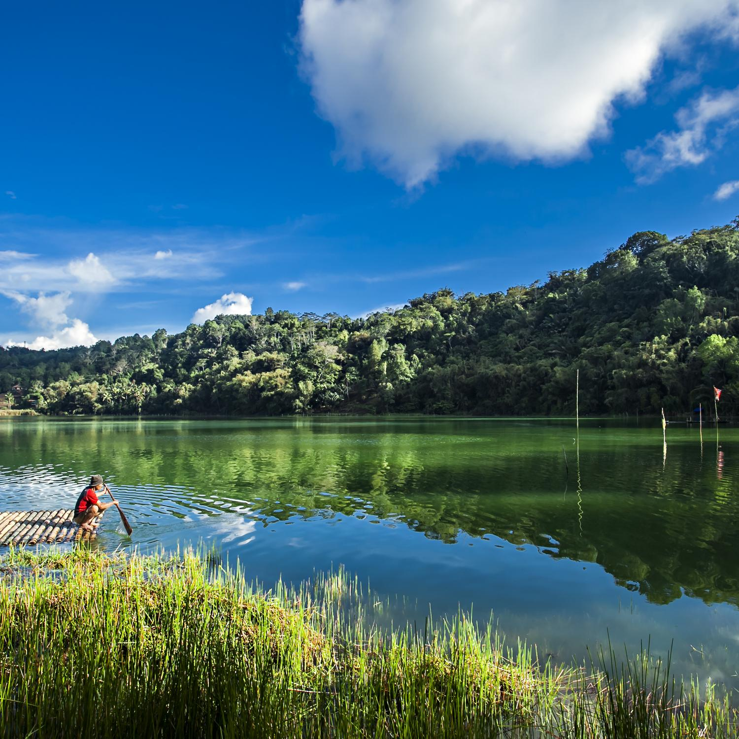 Exotic Indonesia. Tailor-made tours and travel itineraries in Indonesia.